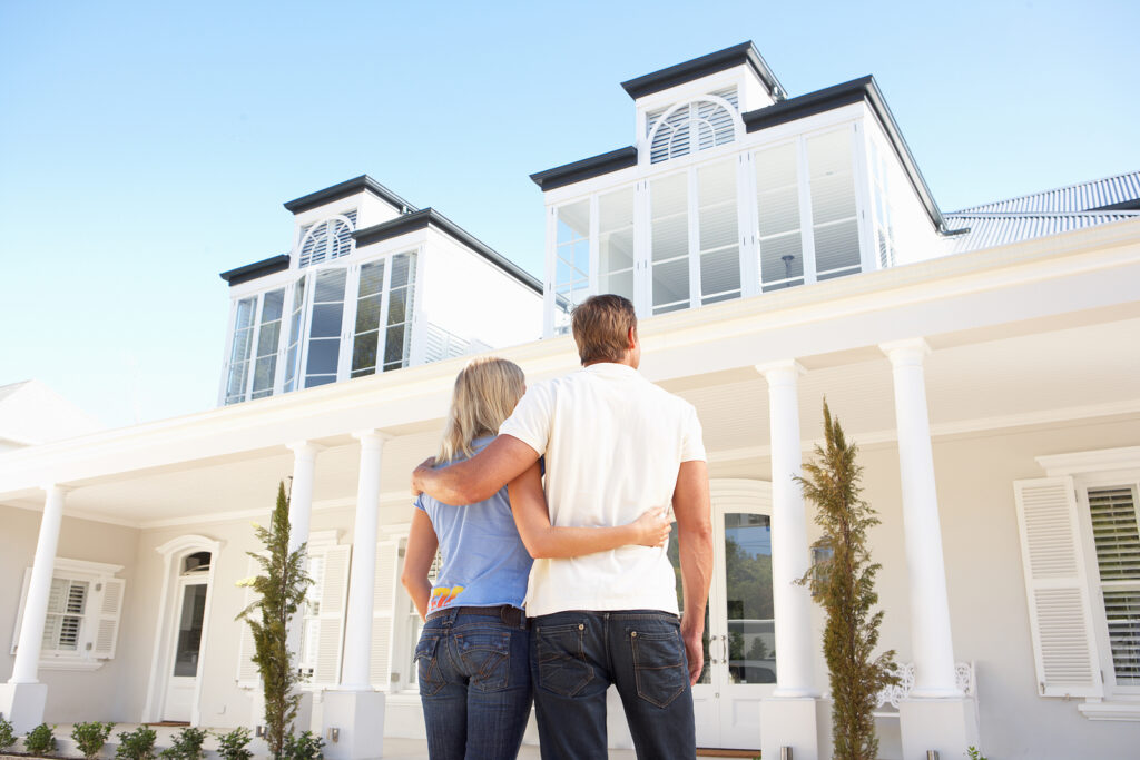 10 cosas que debes considerar antes de comprar una casa en ciudad