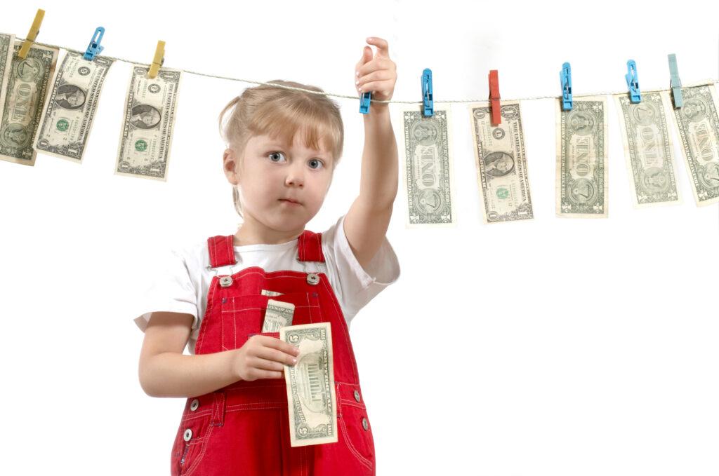 A qué edad es bueno hablar de dinero con los hijos